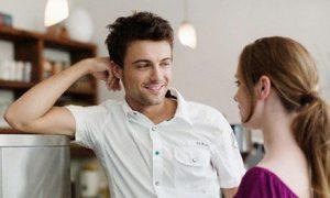 avoidthefriendzone-flirt