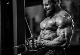 bodybuilder intense workout